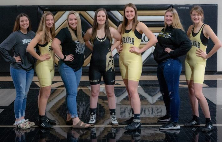 2 Wrestling Girls Advance to Sectionals